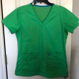 MedCouture EZflex scrub set SM, St Pattys green